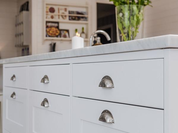 Gör en köksrenovering och få nya fina köksluckor