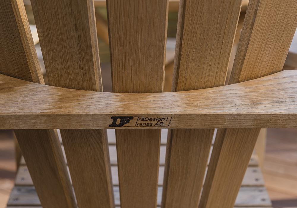 Trädesign tillverkar gedigna bryggstolar